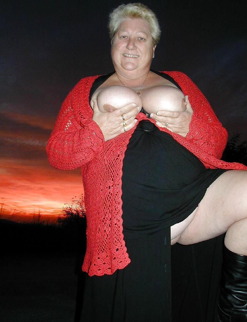 GrannyNel uit Noord-Holland,Nederland